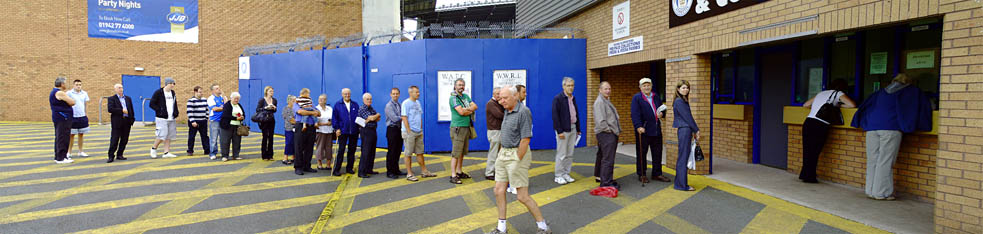 Queueing for season tickets 09