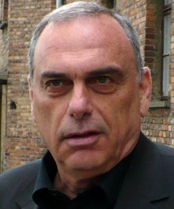 Avram Grant lives to fight another day