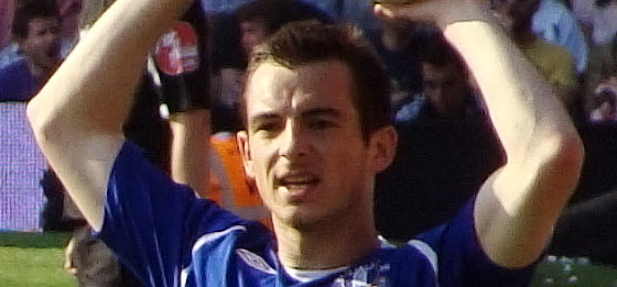 Leighton Baines Throw-in