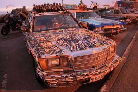 Car of Pens